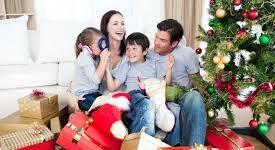 Por Elizabeth Santángelo  Para muchos, la Navidad y el comienzo de un año pueden significar algo profundo. No obstante, las Fiestas tradicionales pueden estar envueltas en excesos y desbordes en las comidas, en las bebidas, así como en la preparación social y personal. Detrás de los villancicos, las reuniones y las fiestas acecha una […]