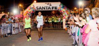 Más de 100 atletas disputaron la final de la maratón que se llevó adelante en Empalme. El ganador fue Wálter Valera, de la localidad de San Pedro, seguido por el nicoleño Sebastián Velázquez y el representante local Juan Carlos Correa, que ganó en su categoría.