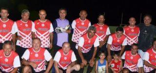 El plantel de la UOM de San Nicolás se consagró campeón del torneo nocturno de verano de la divisional. Venció en la final de la semana pasada a Almafuerte por penales y se quedó con el primer título el año. El Apertura comenzará el 25.