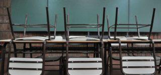 Tanto el gremio de docentes públicos AMSAFE como el de los privados de SADOP rechazaron el viernes la propuesta oficial de un incremento salarial del 25% en dos tramos y llamaron a paro de 48 horas mañana y el jueves.