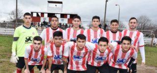 Bajo una intensa lluvia, la Academia se quedó con una gran victoria por 2 a 0 frente a Atlético Talleres y viajará a Arroyo Seco con un gran resultado. Los goles del encuentro los marcaron Diego Maciel y Martín Robaina. En el otro partido de semifinales, Juventud Unida venció a Central Argentino.