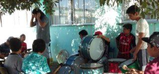 Fuego Murguero vuelve a San Cayetano tras el interés de los jóvenes del lugar. A través del Gabinete Joven reacondicionarán el espacio que utilizan para desarrollar el taller de murga.