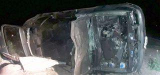 Una trágica colisión ente un auto y un equino se registró la noche del viernes en el camino de la costa que une San Nicolás con Ramallo. Allí perdió la vida el villense Ricardo Sbuttoni, padre del jugador de Atlético Tucumán.