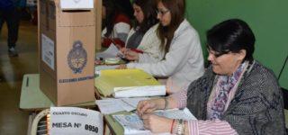 Según fuentes oficiales en Villa Constitución votó el 85 por ciento el padrón.