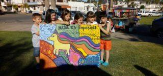 """En la Plaza de la Cooperación, bajo la consigna """"Hasta las Manos con el Arte y la Cooperación"""", se llevó a cabo la actividad que reunió a distintos talleres y artistas de la región."""
