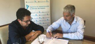 El intendente Jorge Berti firmó ayer el convenio en la Agencia de Administración de Bienes del Estado. El objetivo es avanzar en el desarrollo de un proyecto que priorice la construcción de viviendas.
