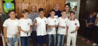 Ocho bochófilos de las inferiores de Sacachispas participaron el domingo en el Club Pabellón de Rosario de un torneo organizado por Damián Chuda, subcampeón mundial y campeón argentino.
