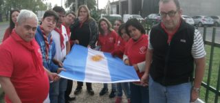 Con vecinos de Empalme y Villa, instituciones y autoridades; la entidad empalmense inauguró su mástil y los veteranos de guerra izaron la bandera argentina allí por primera vez. Además, se culminó un mural como mensaje de inclusión.