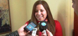 """También participará su marido Juan Pidustwa. Ambos representan a Colectivo Churrinche y habían participado de la campaña electoral de Berti y durante los primeros meses de gestión. Esta semana el intendente confirmó que Díaz Mansilla integrará el gabinete, acompaña de Pidustwa para """"potenciar el área de comunicaciones"""""""