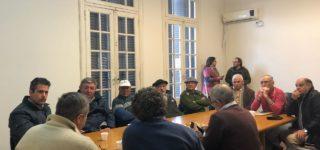 Del encuentro surgió la necesidad de apuntar a concretar la puesta en marcha de un Puerto Fiscalizador para los pescadores y una sala de extracción para los apicultores. Las reuniones se dieron en el marco de la visita del secretario y subsecretario de de Ganadería, Lechería y Recursos Naturales de Santa Fe.