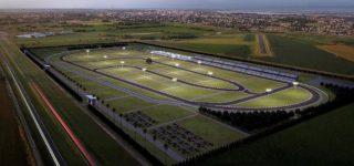 Este fin de semana se disputará la carrera inaugural del nuevo autódromo Ciudad de San Nicolás. Hoy, mañana y el domingo llegará a la vecina localidad la 10ª fecha del Súper TC 2000, con los mejores pilotos y los autos más tecnológicos y rápidos del automovilismo nacional.