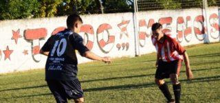 Luego de la suspensión por lluvia, el primer encuentro de la serie de semifinales entre Riberas del Paraná y Porvenir Talleres se llevará adelante el próximo domingo a las 18 en el estadio de la Academia. En tanto, Unión recibirá al Verde a las 17.