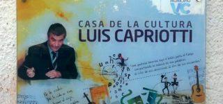 Familiares, amigos, allegados y ex compañeros de trabajo de Luis Capriotti se dieron cita en el patio de la Casa de la Cultura el último jueves para participar de un merecido reconocimiento a su figura y al legado cultural que le dejó a la ciudad. El querido artista falleció el 2 de marzo de 2011.