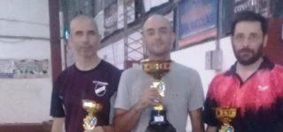 El último domingo se desarrolló en el Club Sacachispas de nuestra ciudad, la 2ª fecha del Torneo de la Asociación Nicoleña. El villense Leandro Serra fue segundo en Primera Categoría, mientras que Alejandro Di Santo ganó en Principiantes y fue tercero en Segunda.