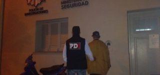 En el marco de una causa que lleva adelante la fiscal Valeria Pedrana, el martes por la tarde fue aprehendido un hombre de 51 años imputado se abusar sexualmente de su hija. Se encuentra alojado en el Módulo de Detención Transitoria de nuestra ciudad.