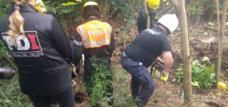 Una investigación de la PDI villense culminó con el hallazgo de un cadáver cubierto de cal, enterrado a casi dos metros de profundidad en un monte cercano a la autopista. Todo indica que sería el cuerpo de Carlos Pereira, el octogenario desaparecido el año pasado. En la causa se encuentran detenidos su concubina y el hermano.