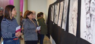 El 4 de octubre la institución celebró un nuevo aniversario y a la vez comenzó a transitar el camino para los festejos de sus 140 años de vida que se cumplirán en el 2020. Numerosos artistas locales se dieron cita en este encuentro. A la par se desarrolla una muestra fotográfica en el Museo Municipal.