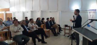 La jornada de desarrolló el miércoles en el Club Social donde se abordaron temas como: comercio electrónico, programa de inserción laboral y capacitación; programa de Prosumidores y perspectivas económicas 2020 para el comercios minorista.