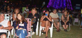 El domingo se desarrolló el picnic nocturno pensado como una bienvenida de año. Los vecinos disfrutaron de la actividad y Berti anticipó que la intención es organizar eventos similares durante el resto del verano.