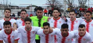"""Luego de varias idas y venidas, el conjunto """"Rojo"""" permanecerá un año más en la Liga Regional. El lunes comenzó la pretemporada con """"Tato"""" Scheggia a cargo del primer equipo y Daniel García como entrenador de Sub 20."""