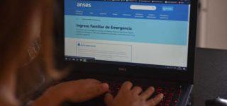 """El organismo público habilitó en su sitio web un nuevo aplicativo de consulta para el cobro del segundo Ingreso Familiar de Emergencia. Buscan que el cobro del beneficio sea """"más rápido, eficiente y seguro""""."""
