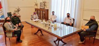 La Presidenta del Senado Provincial y Vicegobernadora recibió a representantes de instituciones de la localidad de Pavón que llevan adelante un trabajo social fundamental en el contexto de emergencia actual. También participaron los Bomberos Voluntarios de Empalme.