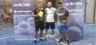 El binomio conformado por Castro y Díaz lograron el título de 8ª categoría en el nuevo y agitado certamen de pádel en el Complejo La Terraza bajo la organización de Lucas Santa María.